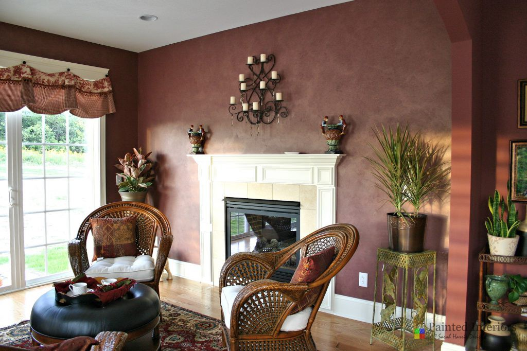 Decorative Painting in Living Room