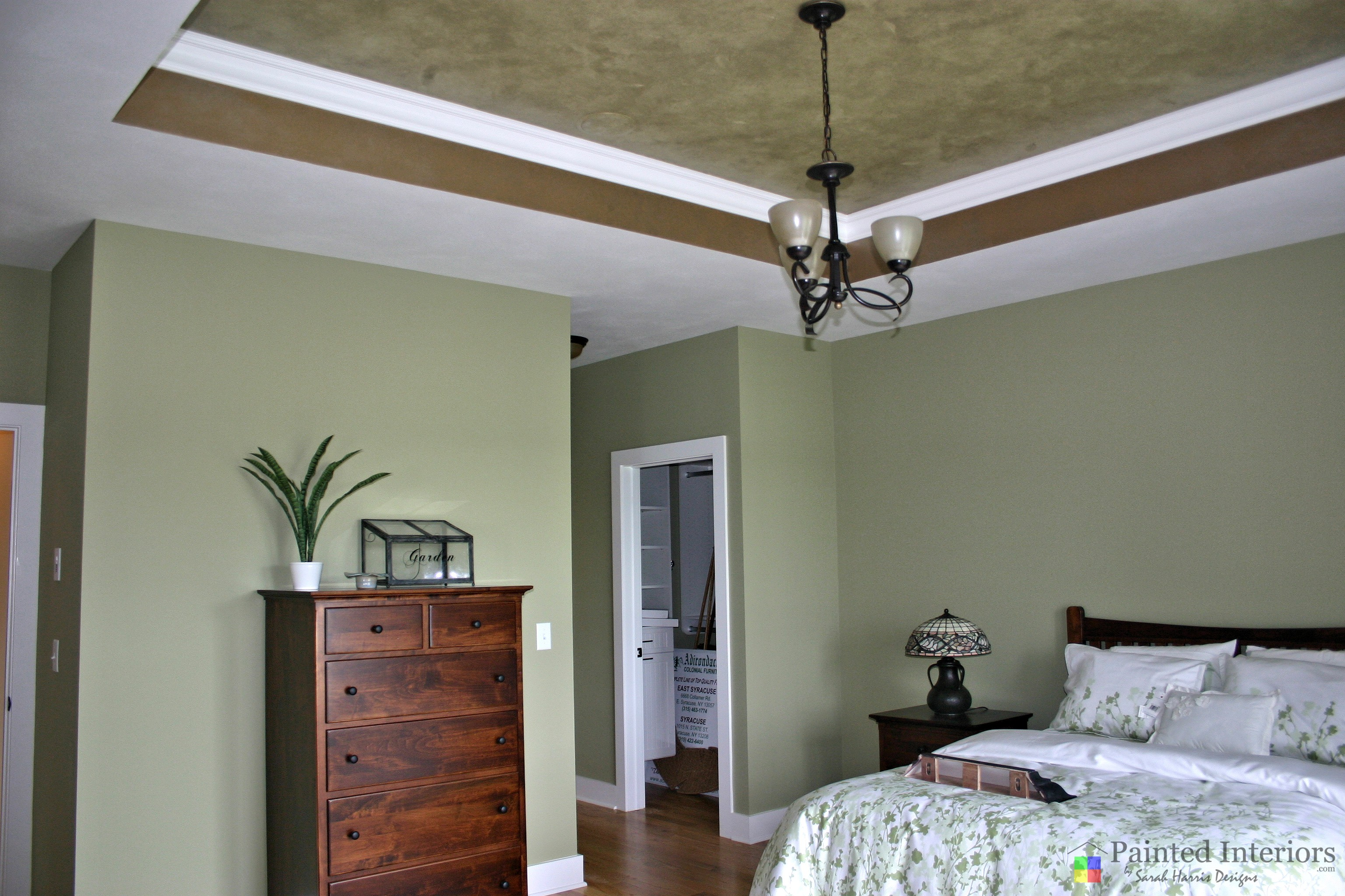faux painted trey ceiling with scattered leaves